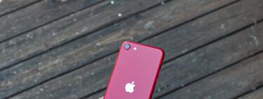 El precio del iPhone SE (2020) cae en picado: hazte con el pequeñín de Apple por 398 euros en eBay desde España y con factura