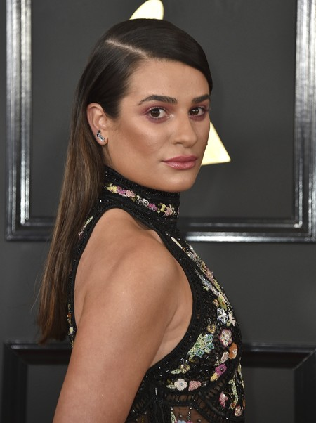 Lea Michele elige un Roberto Cavalli para los Grammy 2017, pero algo falla