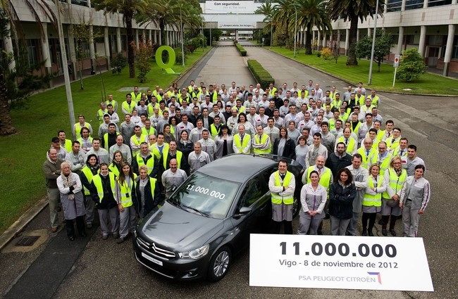 Coche número 11.000.000 en PSA Vigo