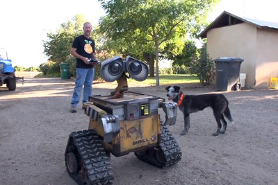 ¿Aún te quedan vacaciones? Puedes construir tu propio Wall-E a escala real