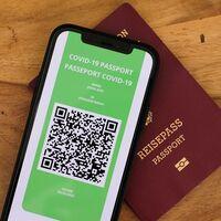 """Certificado Digital UE Covid: así será finalmente el 'pasaporte' que entrará a partir del 1 de julio y quiere """"recuperar la movilidad"""" en Europa"""