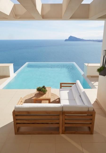 Madera, ratán, tela… ¿Qué has de tener en cuenta para renovar los muebles de tu terraza?