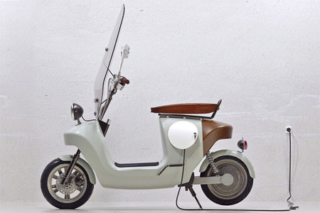 Van.Eko Be.e: un scooter eléctrico con cuerpo natural