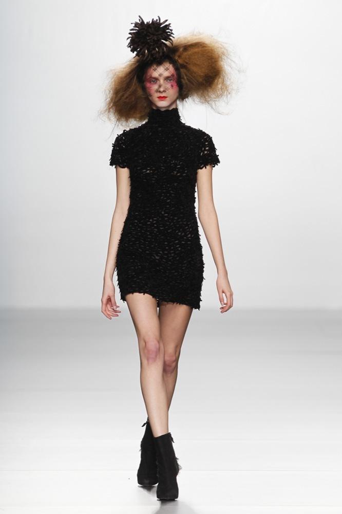 Foto de Elisa Palomino en la Cibeles Madrid Fashion Week Otoño-Invierno 2011/2012 (27/30)