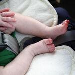 Estas son las cosas que no debes hacer en verano cuando utilices la silla de coche de tu hijo