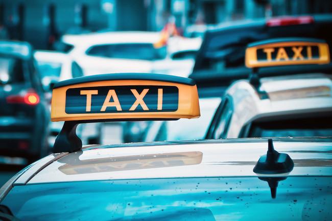 Taxi 1515423 1280