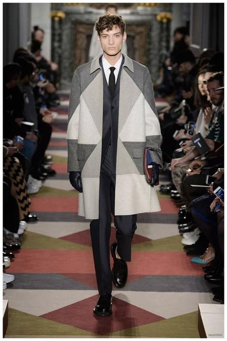 Valentino Men Fall Winter 2015 Menswear Collection 001