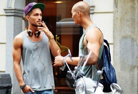 Modelos sueltos por las calles de Milán