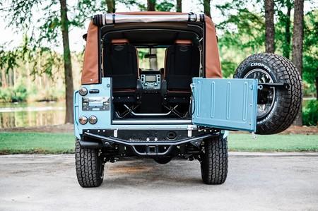 Land Rover Defender 90 Oprey Custom Cars 7
