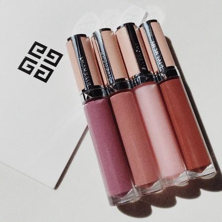 Los nuevos labiales efecto gloss de Givenchy se han convertido en una de las piezas de maquillaje más bonitas de mi neceser