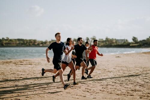 Los dolores más frecuentes en los runners novatos (y cómo hacerles frente)