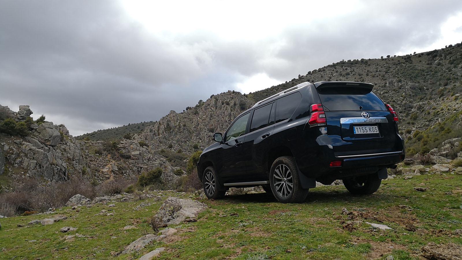 Foto de Toyota Land Cruiser - Fotos exteriores (10/41)