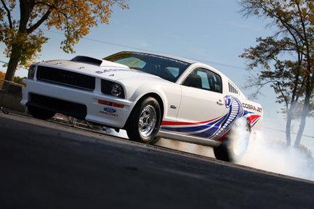 Ford Racing Cobra Jet Mustang, el pony vuelve a las carreras de drag