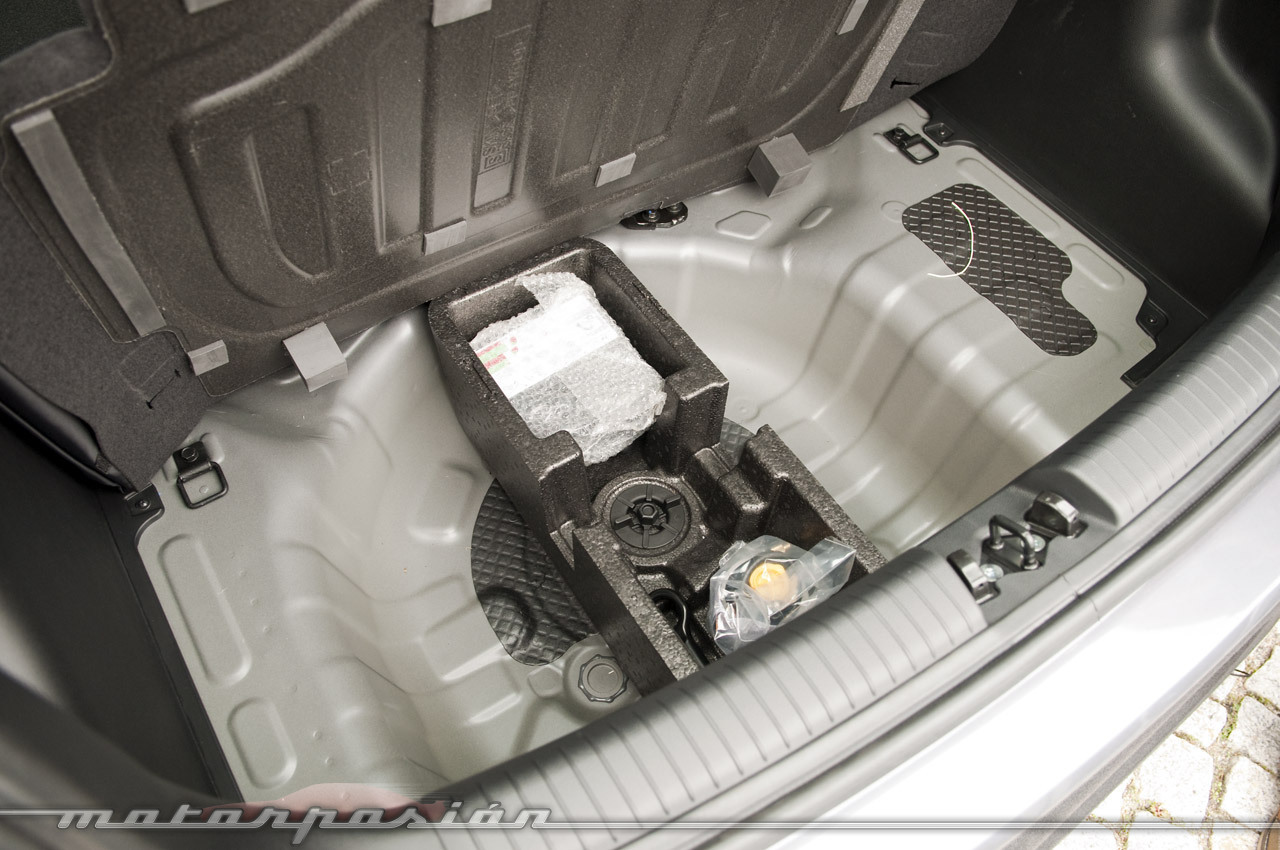 Foto de Hyundai i10 2013 (presentación) (27/28)