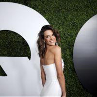 Alessandra Ambrosio versus Kylie Jenner: la fiesta GQ Men of the Year se tiñe de blanco y negro