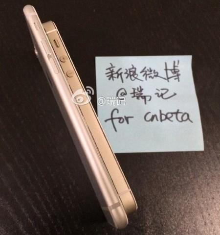 650_1000_working_iphone_6_5s_side.jpg