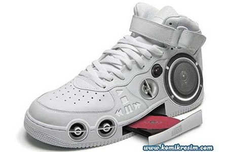 crazy-shoes-mp3-cd.jpg