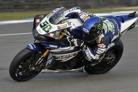 Superbikes Italia 2011: Eugene Laverty se lleva el doblete con penalización para Max Biaggi