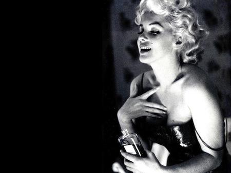 Un perfume que nunca pasará de moda: Chanel Nº5. Ahora, de la mano de Marilyn Monroe