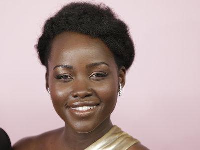 Lupita Nyong'o acusa a Grazia UK de photoshopear su pelo, y no está contenta al respecto
