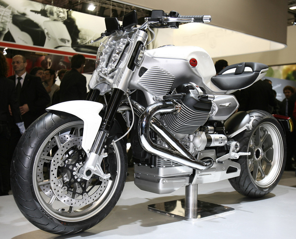 Foto de Prototipos Moto Guzzi en el salón EICMA 2009 (1/12)