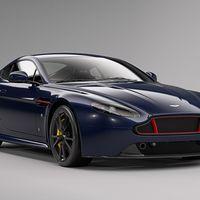 El Aston Martin Red Bull Edition va firmado por Daniel Ricciardo y Max Verstappen