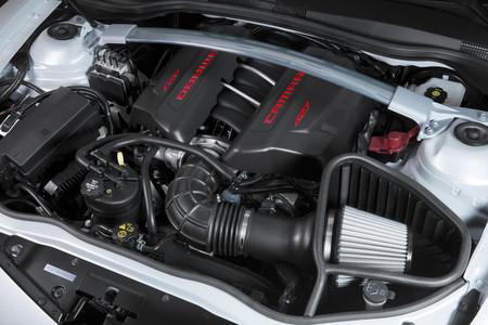Chevrolet Camaro Z/28, vano motor