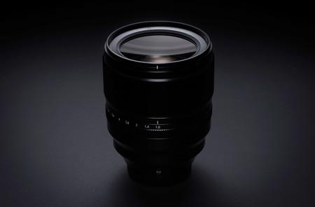 Fujinon XF 50mm F1.0 R WR, nueva óptica ultraluminosa para la serie Fujifilm X que presume de ser la primera ƒ1.0 con AF