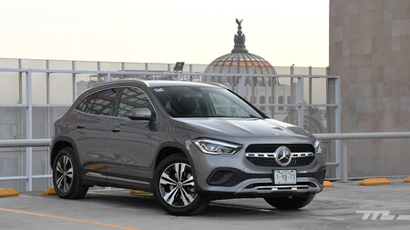 Mercedes-Benz GLA, a prueba: el acceso a los SUV de Mercedes lleva la tecnología por bandera