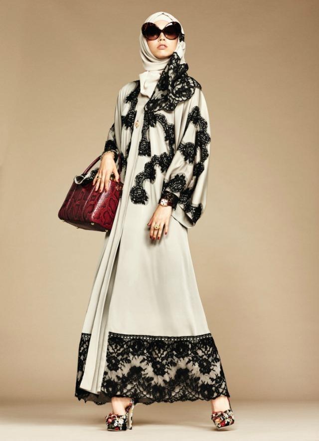 Foto de Dolce & Gabbana colección de hijabs y abayas (2/6)
