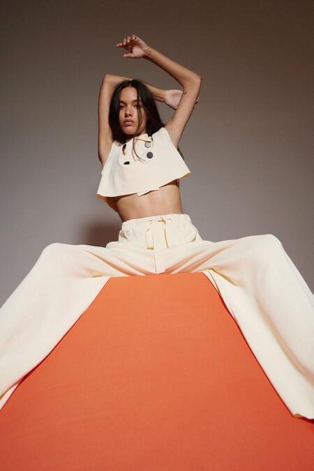 Los pantalones de la sección de bestsellers de Zara son los que están arrasando esta temporada