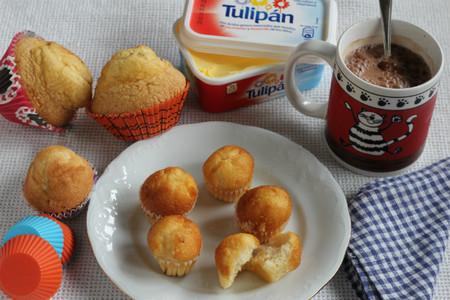 Magdalenas caseras mini, ideales para los niños. Receta con margarina Tulipán