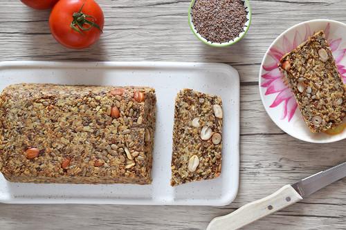 Cómo hacer pan sin harina: receta vegana sin gluten rica en proteínas y fibra