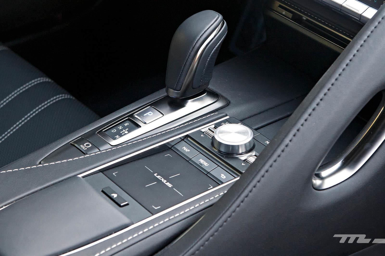 Foto de Lexus LC 500 (37/40)