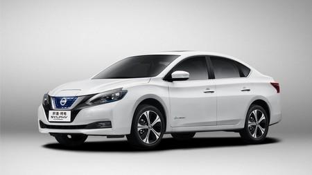 ¿Qué pasa cuando juntas un Sentra y un LEAF? El resultado es el Nissan Sylphy ZE que comenzó producción en China