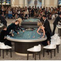 Las celebrities juegan a la ruleta en el casino de Chanel Alta Costura, ¿órdago de Karl Lagerfeld?