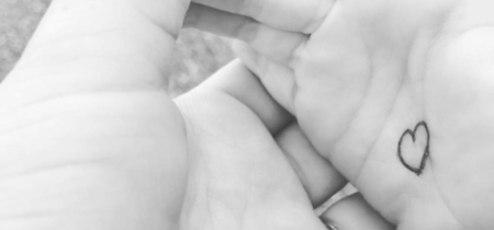 El botón de los abrazos: el truco de una madre para ayudar a su hijo a lidiar con la ansiedad de separación
