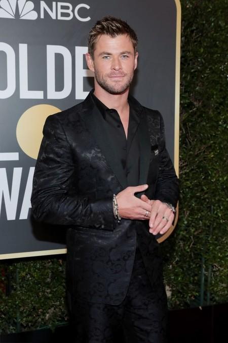 Chris Hemsworth Se Dejala Corbata En Casa Para Asistir A Los Golben Globes 2018 2