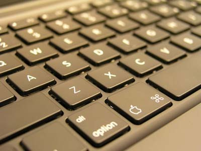 Más noticias sobre los MacBook (actualización, teclado y demás)