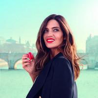 Sara Carbonero presenta de la mano de L'Oréal Paris Les Macarons, los nuevos labiales ultra-mate que vamos a desear