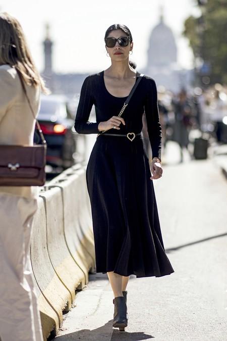 Combinar Vestido Negro Verano 5