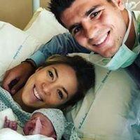 Morata y su mujer, padres de gemelos tras un embarazo muy controlado: estos son los cuidados que requiere un embarazo múltiple