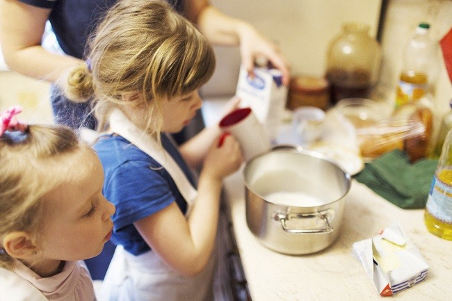 1 Cooking With Kids Ikea