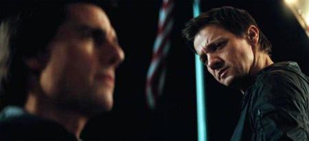 Jeremy Renner y Tom Cruise en