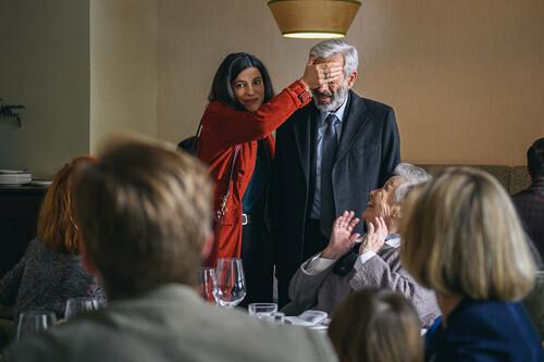 'Cuéntame cómo pasó': la temporada 21 de la serie de TVE se mueve audazmente entre 1992 y 2020 a través de un relato de reencuentros