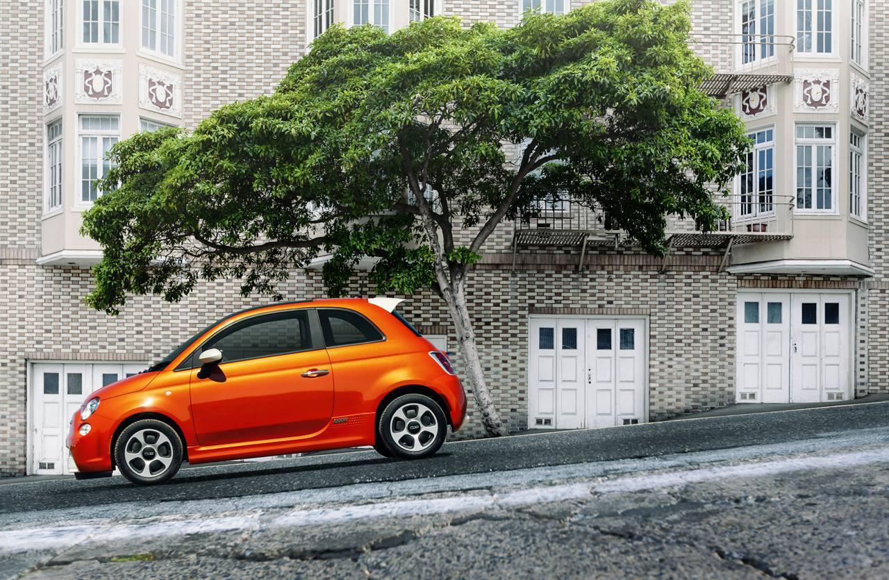 Foto de Fiat 500e (9/22)