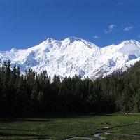 Unos siete milímetros al año: a este ritmo crece la montaña que más rápido crece del mundo