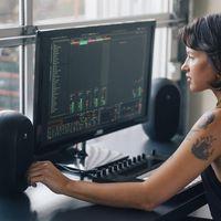 JBL renueva sus monitores de estudio compactos con los nuevos Professional One Series 104
