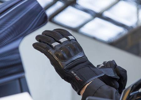 Made in Spain y precio de derribo para los guantes Seventy Degrees SD-76 Touring