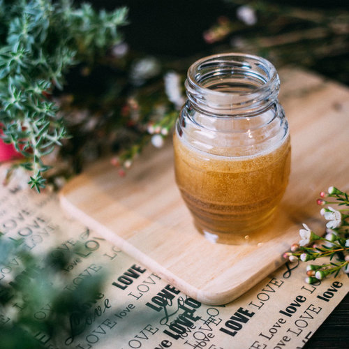 Nuestras nueve mejores recetas dulces con miel (y otras 15 más de regalo)